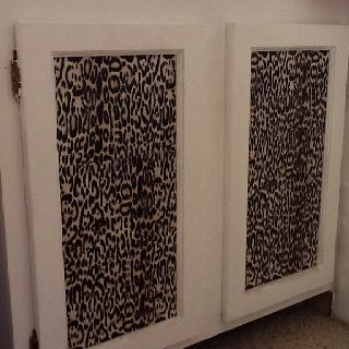 Decorating my bathroom cabinets, cheetah print in one