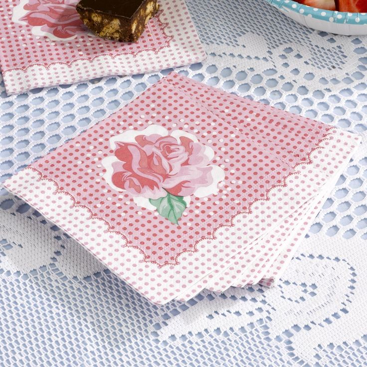 Vintage paper napkins. Great for sticky fingers for a vintage wedding or celebration. www.fuschiadesigns.co.uk