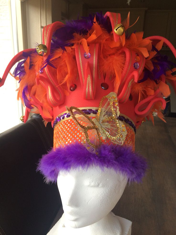 Foam kroon rood/paars/oranje/goud. Foam crown red/purple/orange/gold