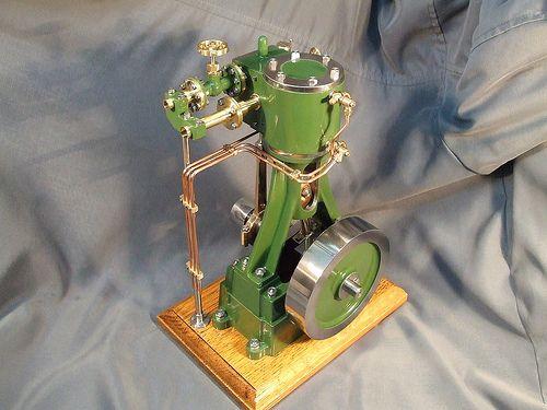 Vertical industrial steam engine