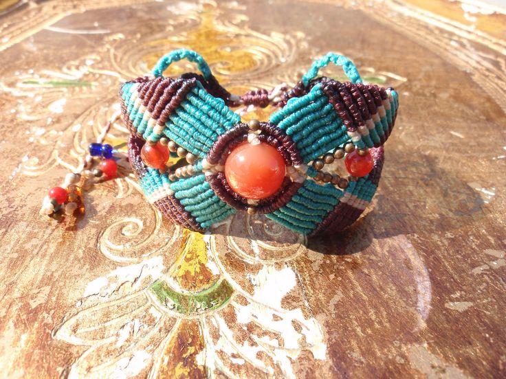 https://flic.kr/p/xKCGRC | Macramé-Cavandoli bracelet with semi-precious beads | Macramé-Cavandoli bracelet with semi-precious beads