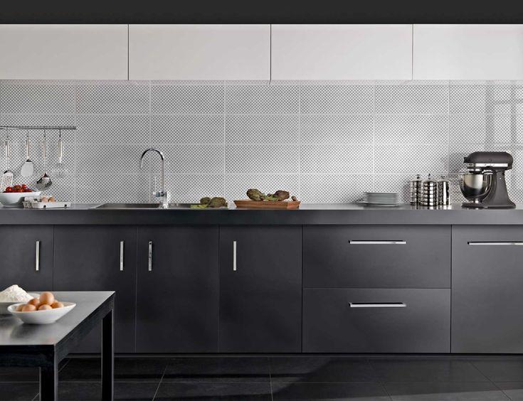 Fliesenspiegel Für Die Küche Mal Anders! Gib Deiner Küche Mit Einer  Besonderen Fliese Insgesamt Einen Ganz Individuellen Schliff! Mehr Dazu  Unter