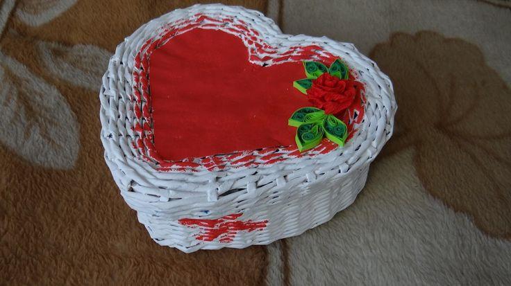 Koszyk w kształcie serca z wikliny papierowej - LUKSiO - Srebrna Agrafka