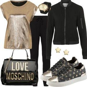 Outfits & Styles bei FrauenOutfits.de Dieses lässige Outfit ist als Freizeit Outfit, Abend Outfits sowie Party Outfit geeignet. Mit dieser Outfitkombination wirst du zum Hingucker des Abends. Die Schuhe mit Sternen, die Tasche von Moschino, das goldene T-Shirt, alles passt perfekt zu einander.