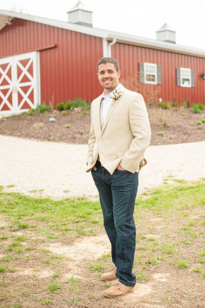 Casual Groom in jeans http://www.stylemepretty.com/virginia-weddings/2014/09/19/rustic-barn-wedding-at-the-vintager-inn/ | Photography: Michelle Renee - http://michellereneephotography.com/