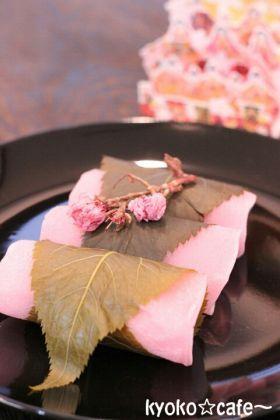 「関東風☆桜餅(小麦粉バージョン)」きょうこcafe | お菓子・パンのレシピや作り方【corecle*コレクル】