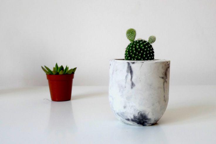 Concrete planter / Marble concrete planter / Indoor flower pot / Concrete jar / Concrete pot / Concrete stationery holder by TrendBolt on Etsy