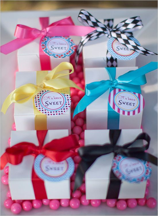 cute boxes!!!wedding favors