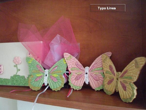 Πεταλούδα μαγνητάκι μπομπονιέρα βάπτισης πορσελάνης νέα χρώματα http://www.mpomponieresvaptisis.gr/vaptisi/mpomponieres/Petaloyda-magnhtaki-mpomponiera-Vaptisis-porselanis-nea-xromata.php