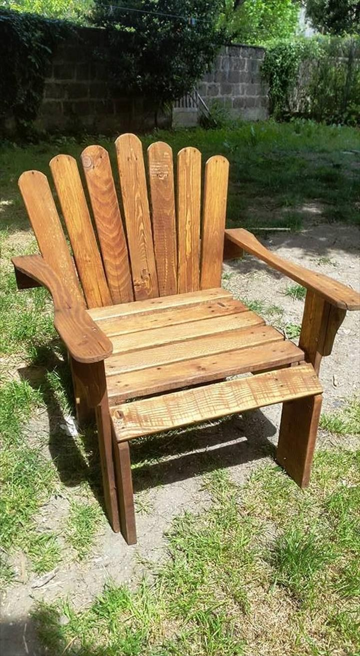 Pallet Garden Chair Inspired of an Adirondack Chair   30 Easy DIY Pallet  Ideas for Your Next Projects221 best Pallet Furniture images on Pinterest   Wood  Diy pallet  . Easy Diy Pallet Patio Furniture. Home Design Ideas
