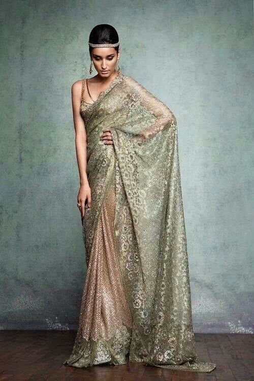 Tarun saree in silk and lace...so sexy!