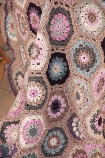 Soft, pretty colors  #crochet #motif #hexagon #afghan #throw #blanket