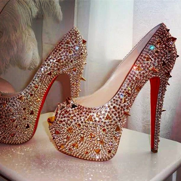 where can i buy louboutin shoes in austin texas red bottoms sandals