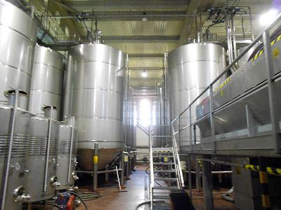 Tanques fermentacion vino