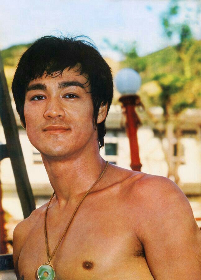Pin by Karen Johnson on The Master Bruce Lee in 2019 | Bruce lee