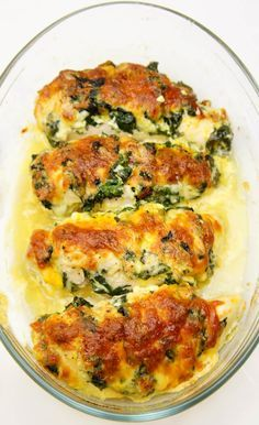 Chicken Breasts Stuffed with Mozzarella and Spinach #Dinner #Chicken #Recipes