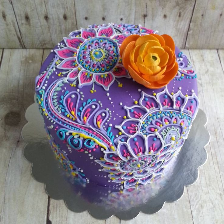 a pretty purple henna and mehndi inspired cake - piped cakes - mandala design cake
