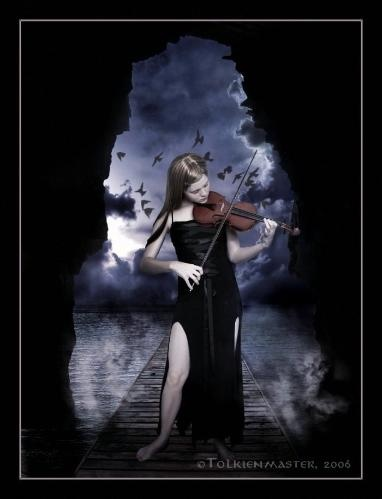 The gothic violinist. This is amazing :)