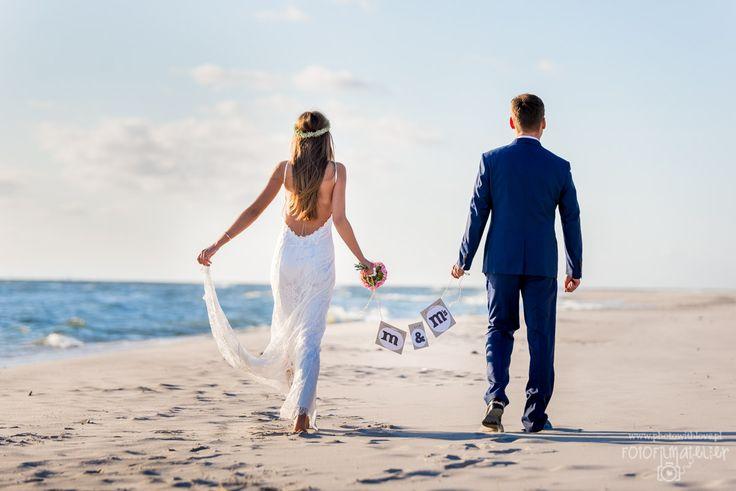 m&m's beach wedding