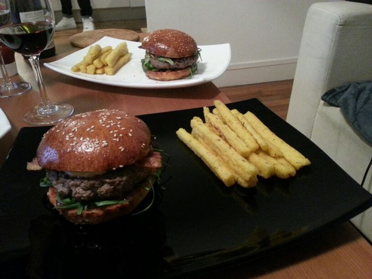Dinner time ! American style #burger #homemade
