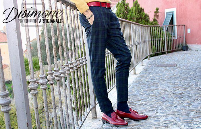#Mocassino uomo disponibile fino alla taglia 54!  Se anche tu hai un numero troppo grandi, scegli le scarpe italiane e artigianali Disimone.  #scarpegranditaglie #scarpeuomo #mocassinorosso #scarperosse #madeinitaly #scarpeartigianali #fatteamano