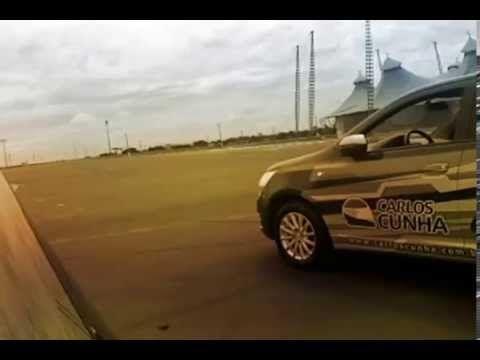 """Vaga """"apertada""""? Aprenda Como estacionar com o piloto Carlos Cunha parte 3 - YouTube"""