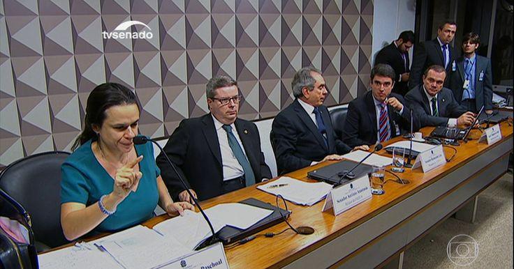 Autores do pedido de impeachment de Dilma são ouvidos no Senado