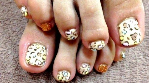 unas decoradas pies, toes nail design