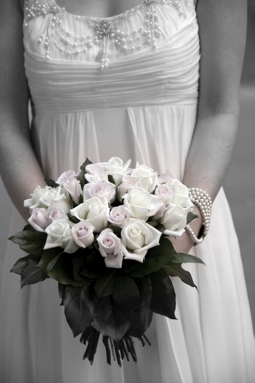 Roses hand tied bouquet