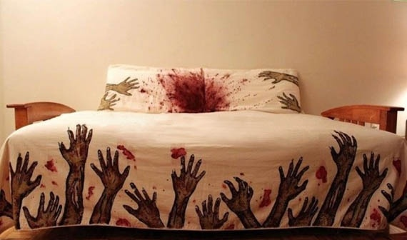Zombie sheets! Found this on www.badderhomesandgardens.com, the place to visit when you're ailing from cute DIY overload.