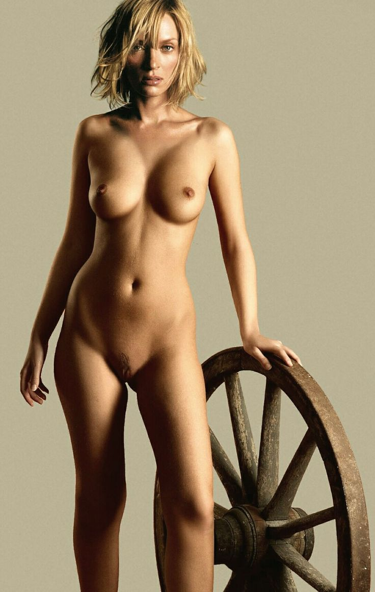 deep pussy nude women