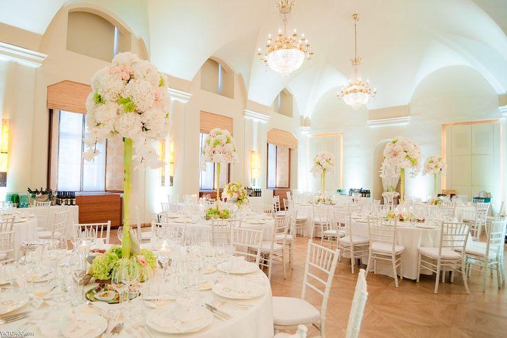 White wedding in Prague