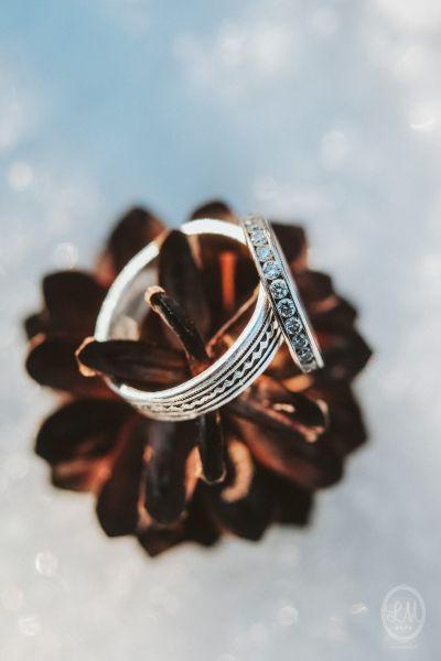 Une inspiration romance en montagne pour un mariage en hiver Image: 25