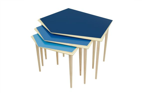 Nest of 3 wooden blue side tables / mid-century modern side table / wooden coffee table available in different colors #Etsy 345€