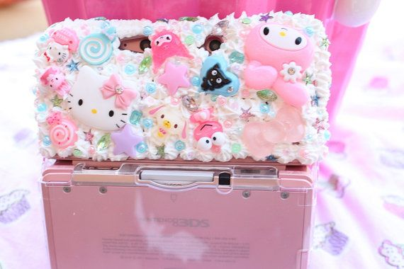 Nintendo 3DS Decoden Whipped Cream Hello Kitty And Friends Case -- I love decoden!