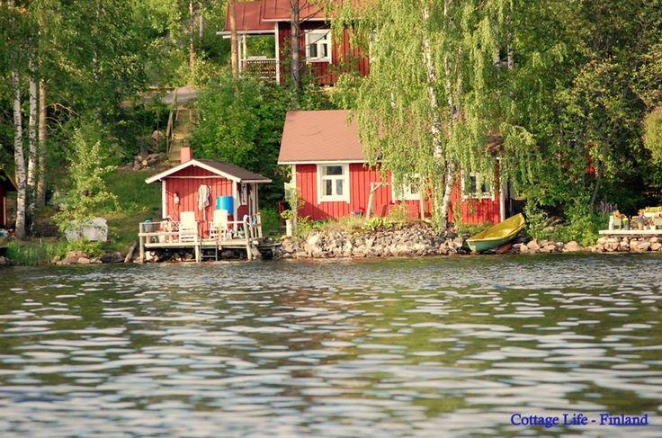 Finnish lake cottage life