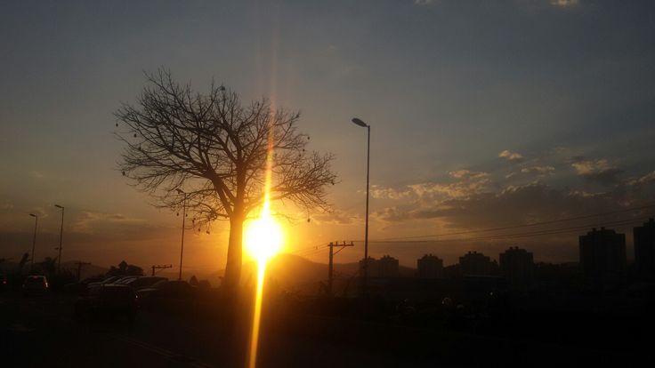Pôr do sol ...urbano