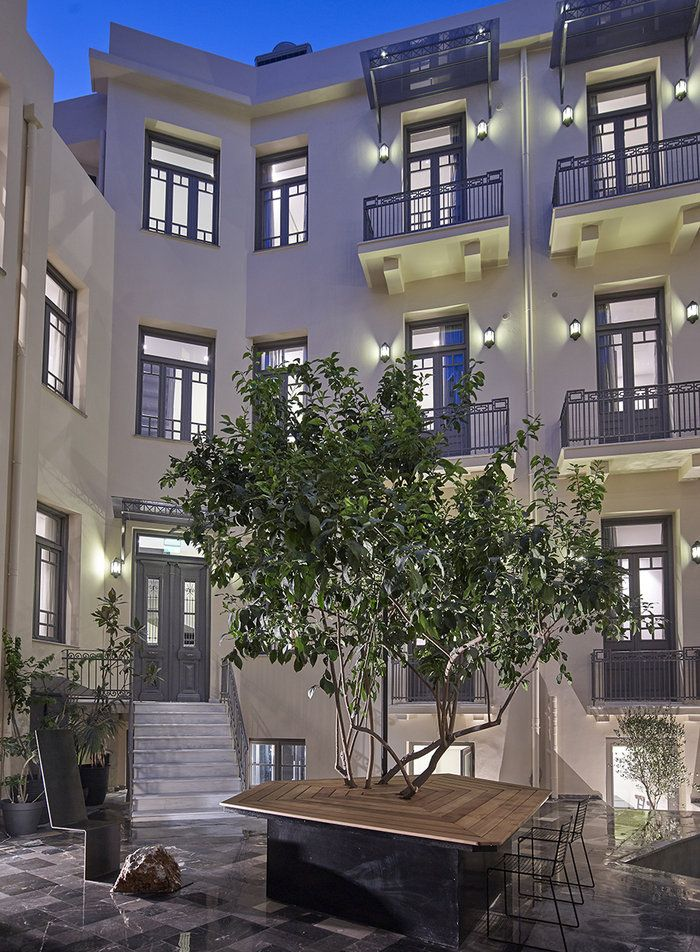 Το πιο όμορφο... κρυμμένο ξενοδοχείο της Αθήνας |thetoc.gr