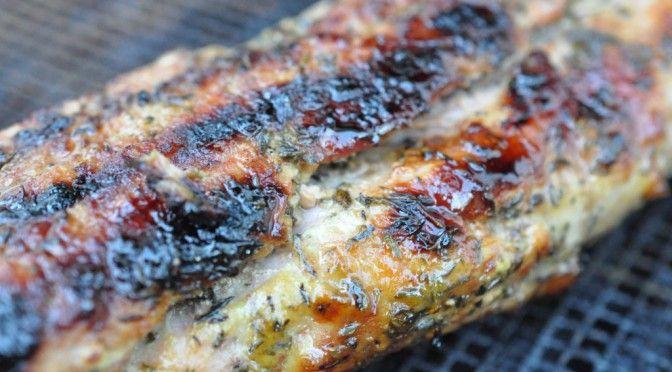 Grillet sennepsmarineret svinemørbrad og grillede timiankartofler | NOGET I OVNEN HOS BAGENØRDEN