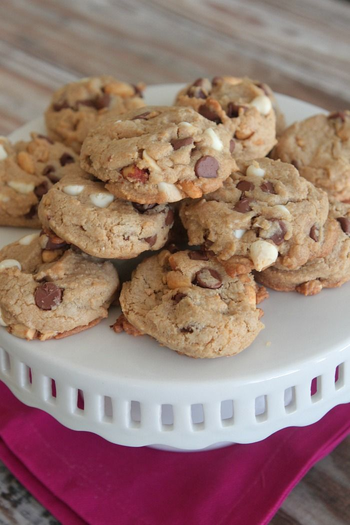 Peanutty Chocolate Chip Cookies