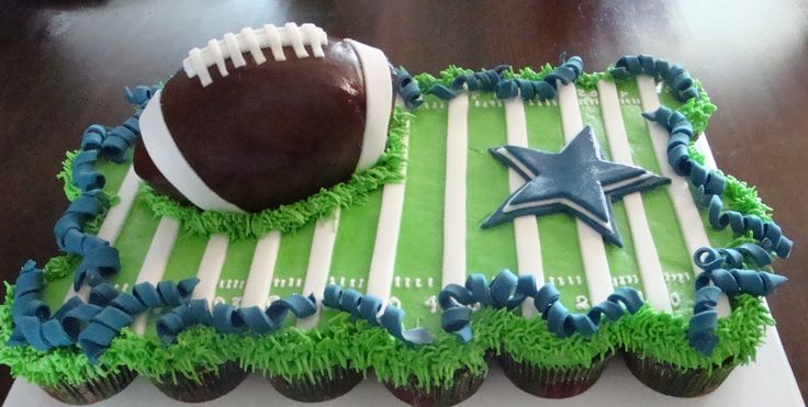 Dallas Cowboys Football Cake Cupcakes