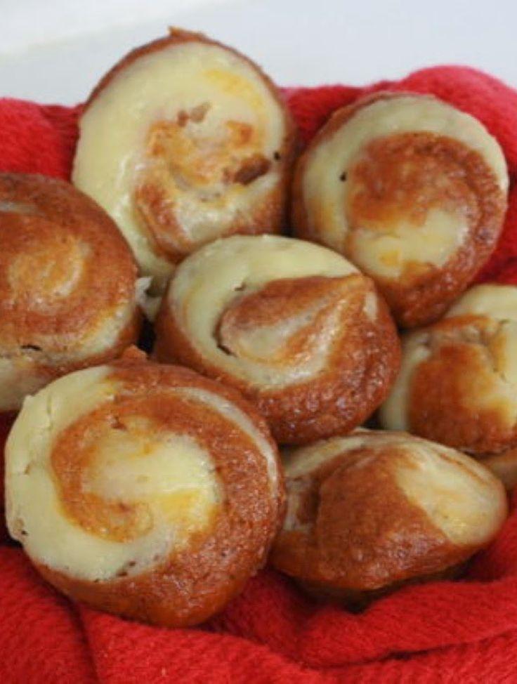 Easy Pumpkin Cheesecake Muffins | Kitchen Vista's