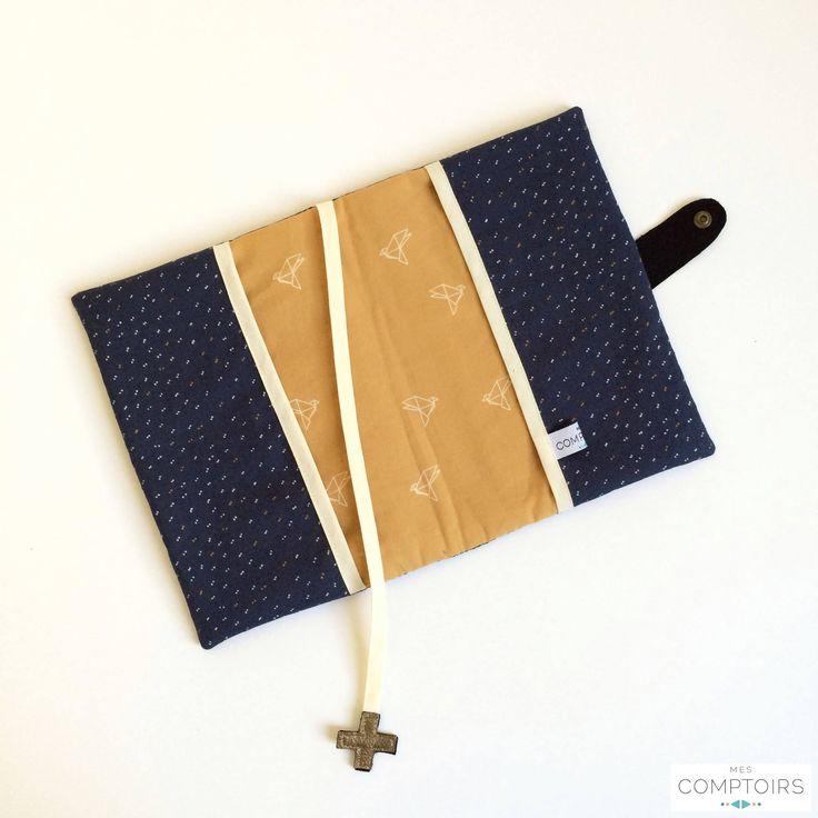 Protège carnet de santé Mes Comptoirs bleu et jaune moutarde (tissus Atelier Brunette) SUR COMMANDE // PERSONNALISABLE // BRODERIE EN OPTION