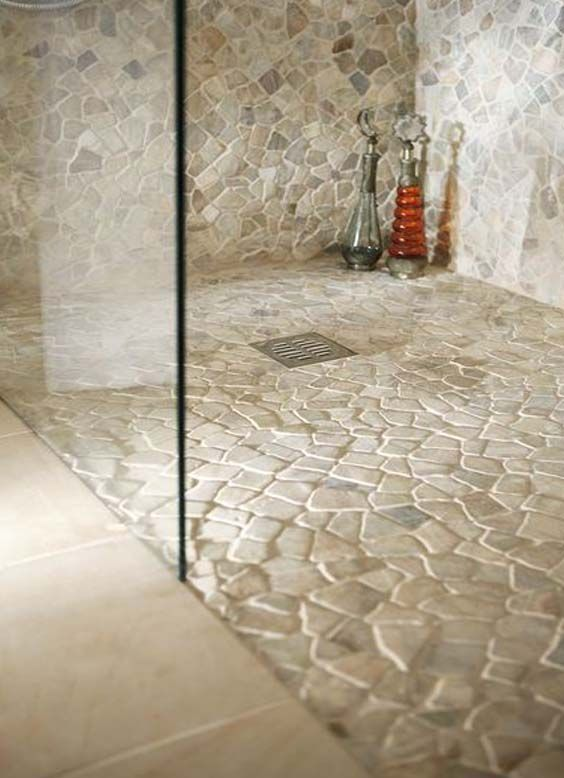 25 best ideas about stone shower on pinterest rock - Azulejos cuarto de bano ...