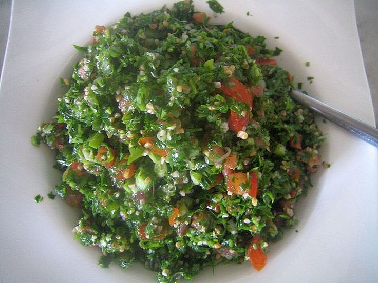 Libanesischer Petersiliensalat, ein beliebtes Rezept aus der Kategorie Gemüse. Bewertungen: 47. Durchschnitt: Ø 4,5.