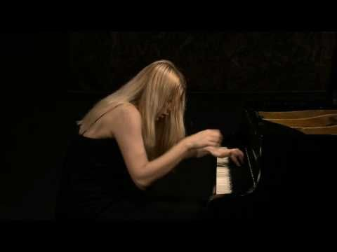 "Valentina Lisitsa plays ""Appassionata"".   Valentina Lisitsa plays Beethoven's ""Appassionata"" with unbridled passion and skill that will lift you off your feet and, for a short while, into heaven."