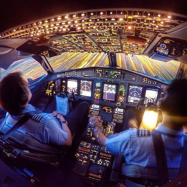 Azul Airlines ATR72 cockpit