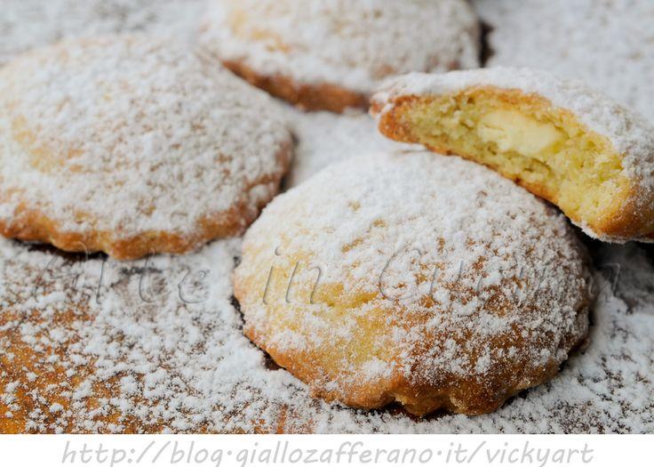 Biscotti ripieni al cioccolato bianco ricetta veloce