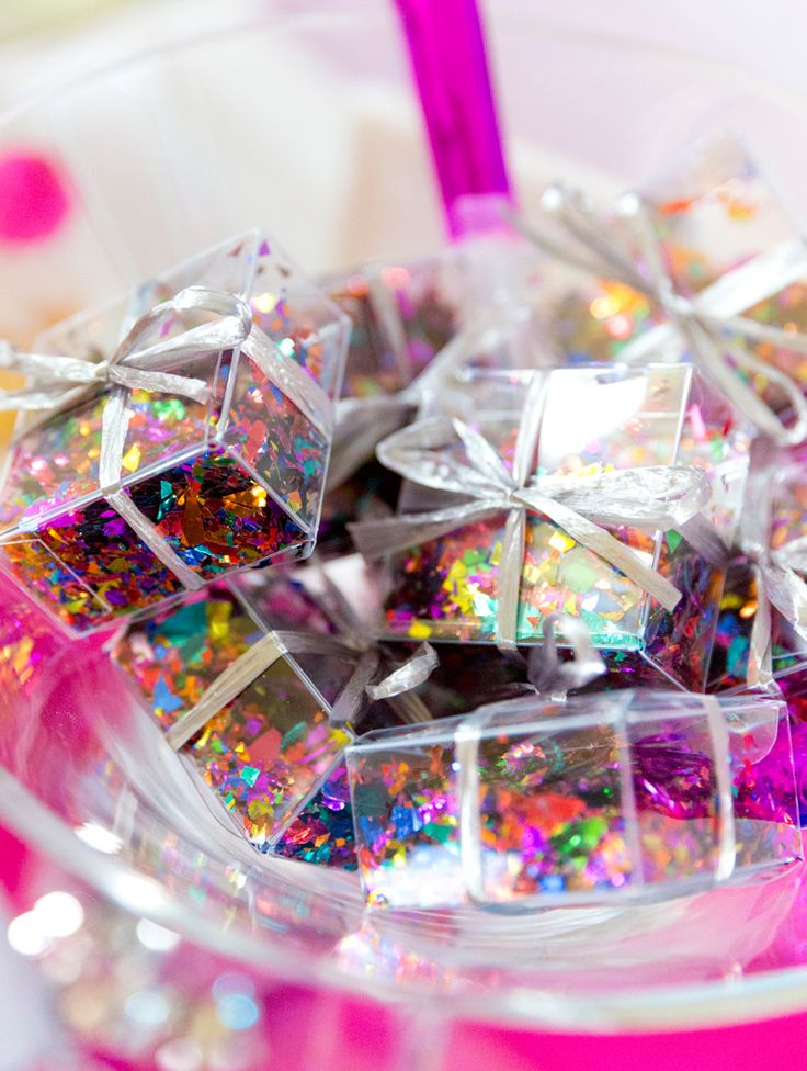 Confetti Boxes for New Year's Eve!!  | Pizzazzerie.com