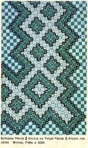 bordados em tecido xadrez - Buscar con Google                                                                                                                                                      Mais